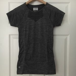 Athleta Finish Fast Line Tee Size Small